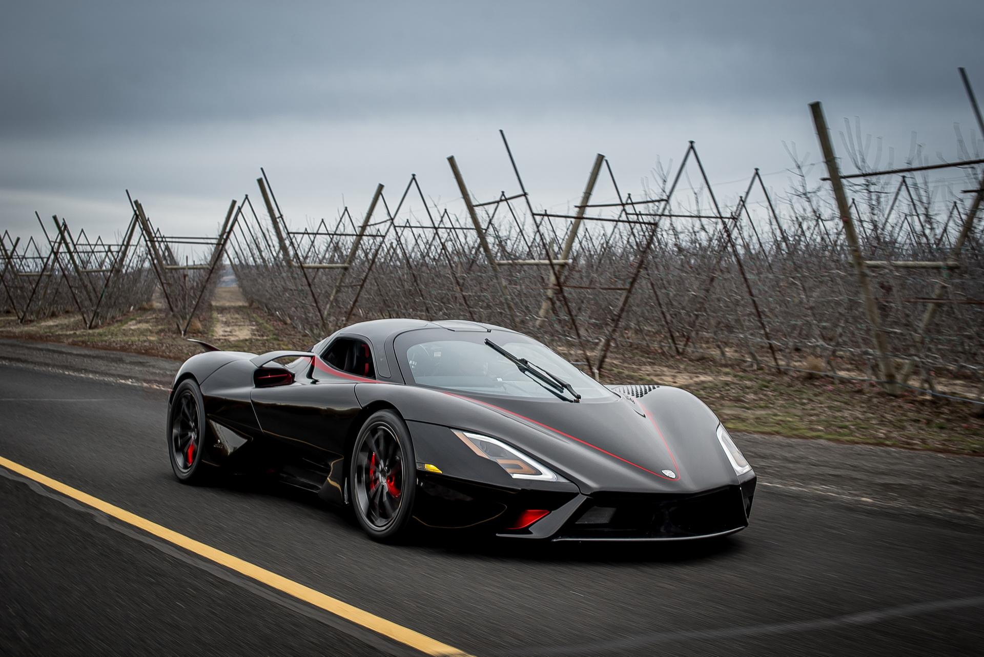 SSC تواتارا تصبح أسرع سيارة في العالم بتحقيق سرعة 532.7 كلم/س – فيديو